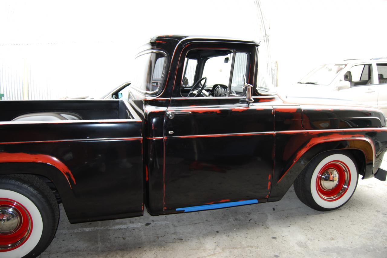 Car interior paint job - This Studebaker Truck Has An Old School Paint Job And Now A Classic Interior To Match